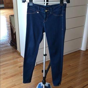 Armani Exchange low rise skinny jeans. Size 2.